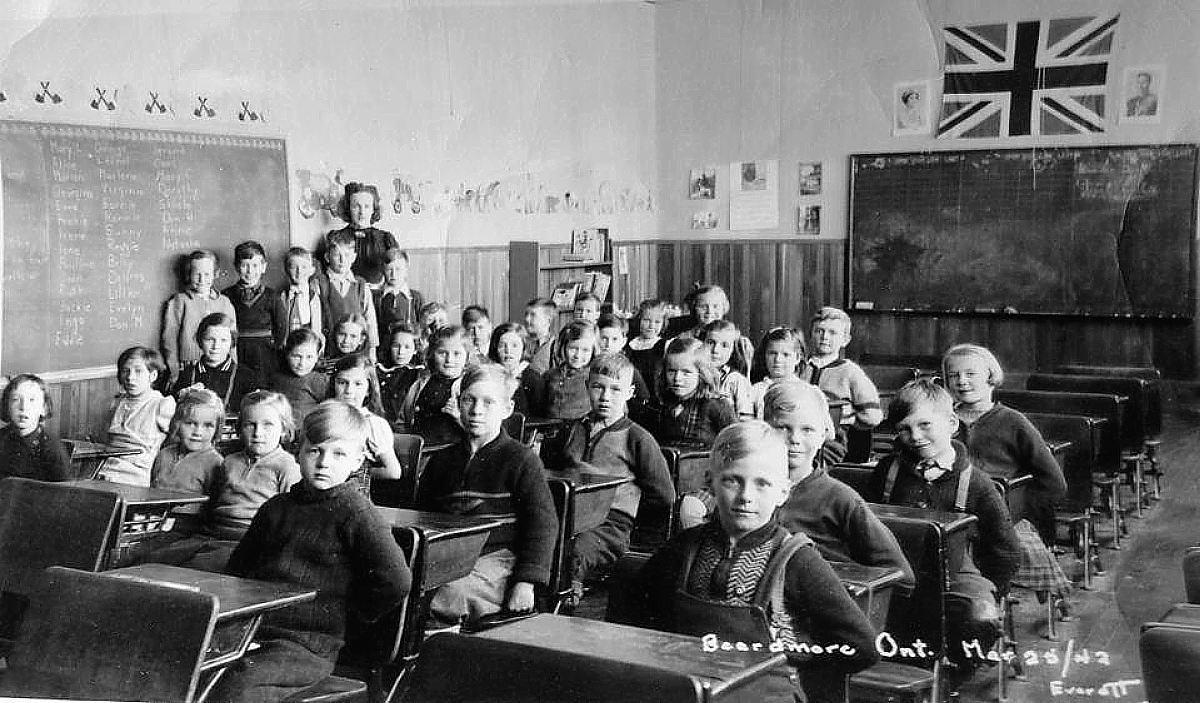 Beardmore, Ontario, Public School Students, 1942