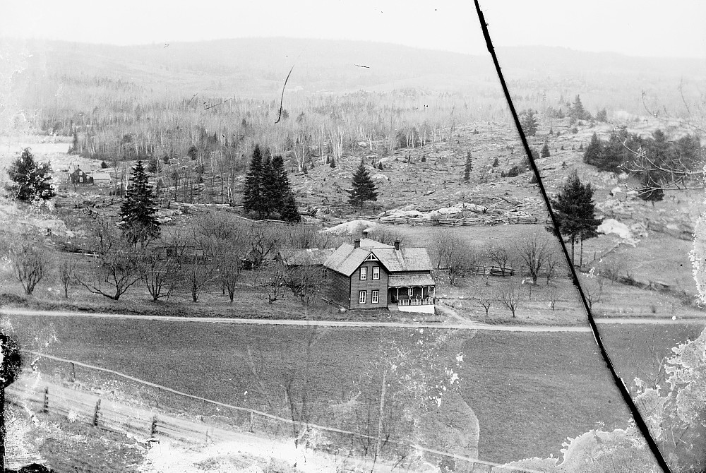House outside of Snow Road, c.1900