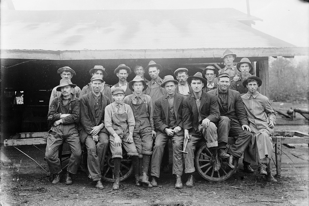 Group of working men, Chandler's Mill, Snow Road, Ontario, c.1900