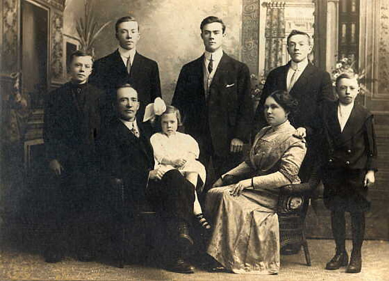 Photograph of the Charles Stone Family, Perth, Ontario